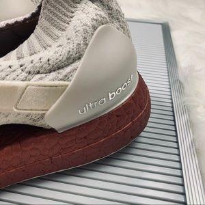 d3055bbc3bfe7 adidas Shoes - Like New Adidas Ultraboost X LTD White Rust